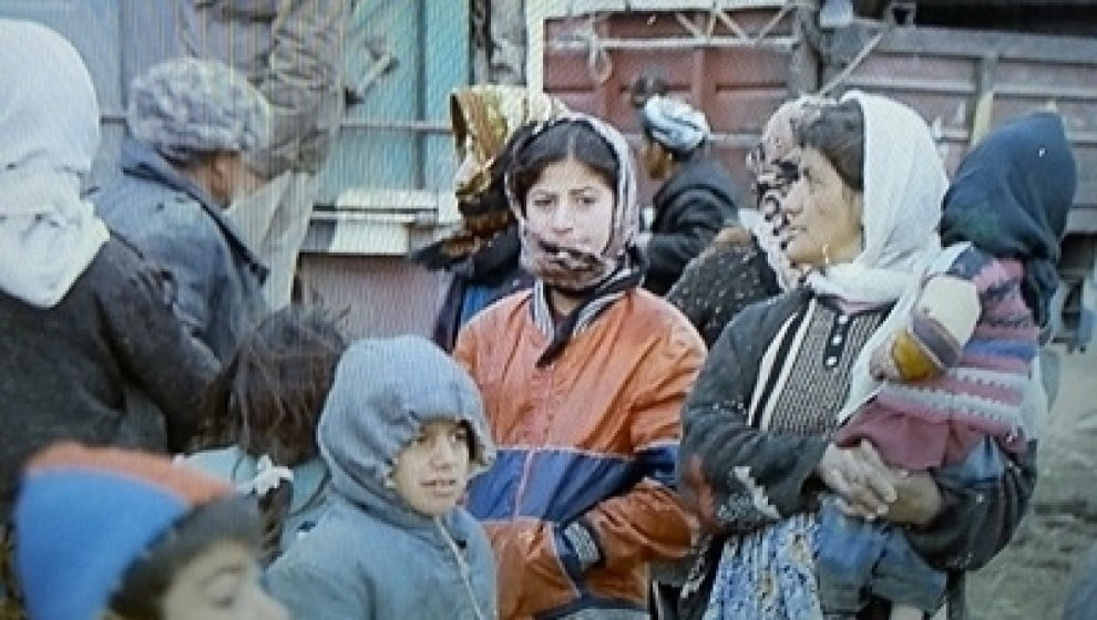 Image result for etruş mülteci kampı